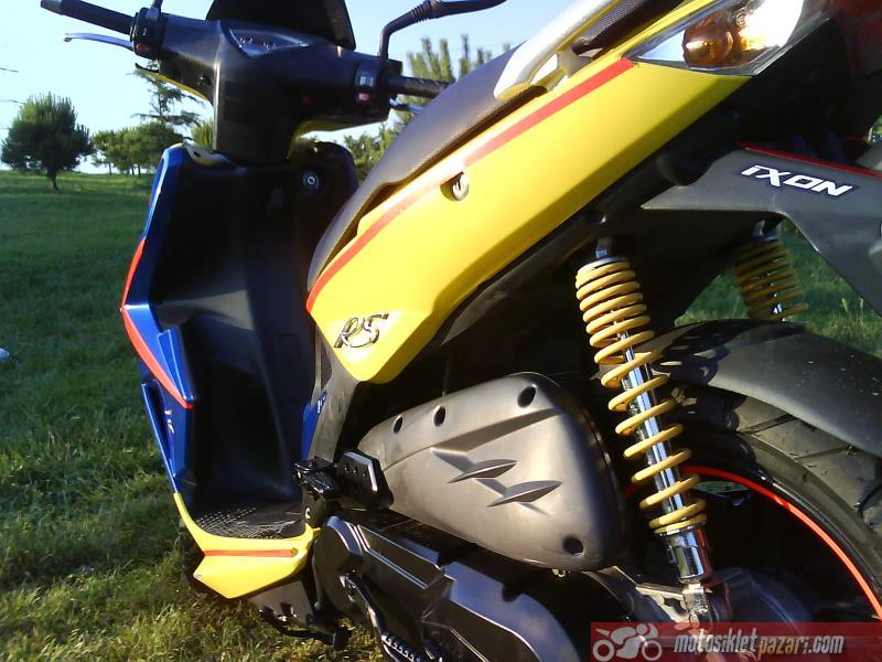 SATILIK TEMIZ 150 LIK SCOOTEBorile - İkinci El Motor