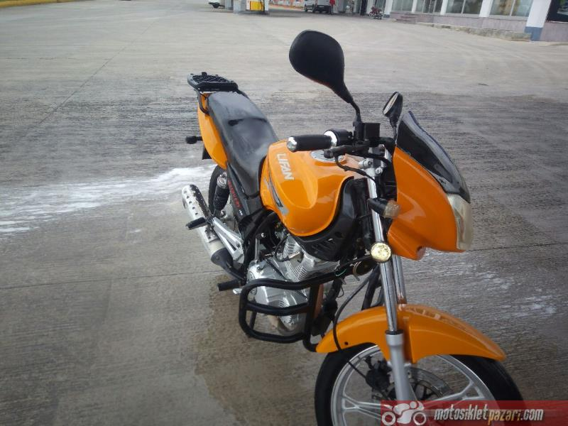 Motor Lifan Discovery 150